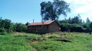 Scuola per il villaggio Buteka